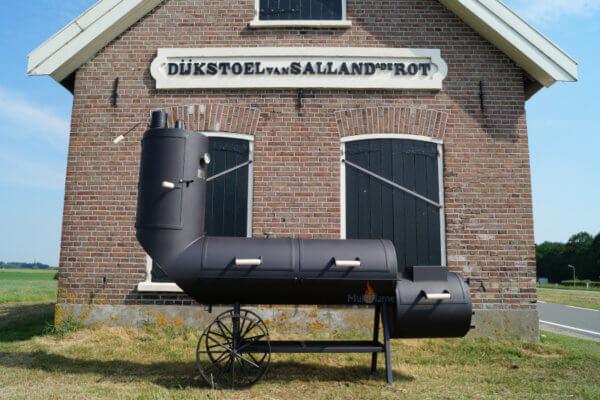 Oklahoma Country Smoker 21 inch