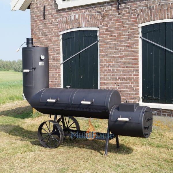 zijkant 21 inch Oklahoma Country Smoker