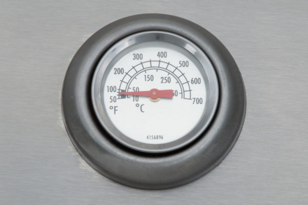 Mustang gas grill Louisville thermometer