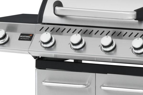 Mustang gas grill Louisville bedieningspaneel