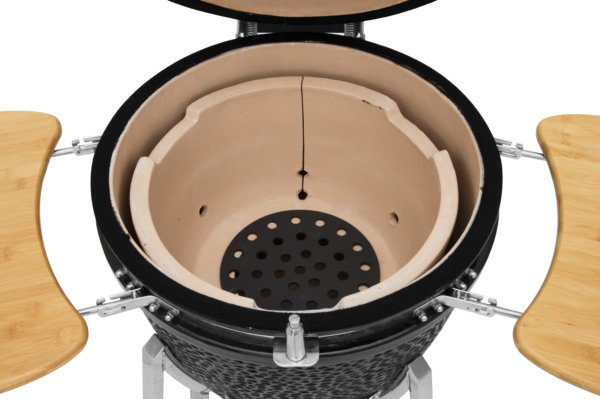 mustang 22 inch kamado houtskool grill binnenkant