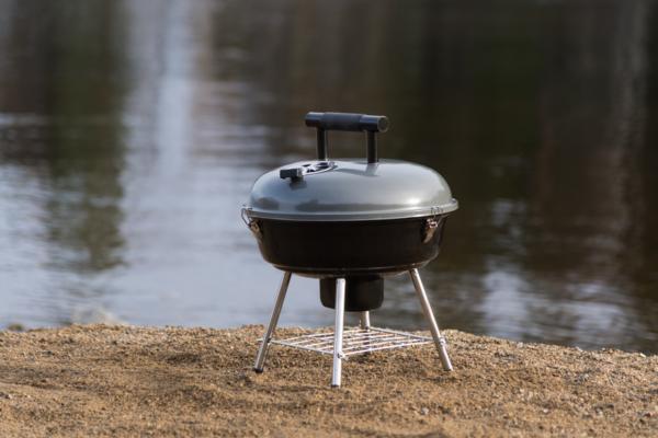 Mustang houtskool grill Festival grijs
