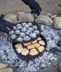 Lodge Cook-It-All dutch oven