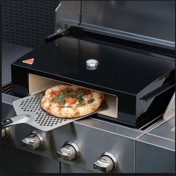 mustang bbq pizza bak oven in gebruik